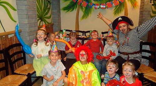 День рождения ребенка в студии Клоун Морожок