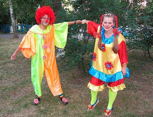 Клоун Морожок и клоунесса Буси