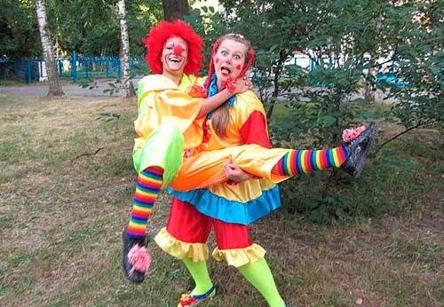 Клоун Морожок и клоунесса Буся